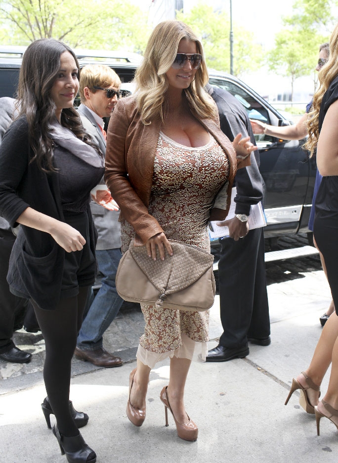 Celebrity jessica simpson tits share