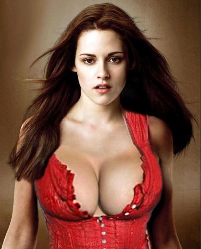 Kristen-Stewart-Breast-Size