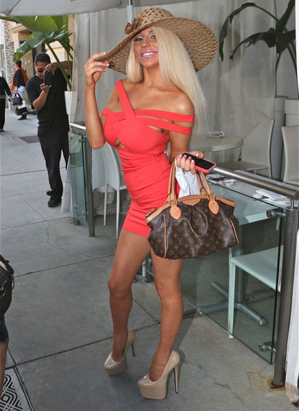 courtney-stodden-shopping-la
