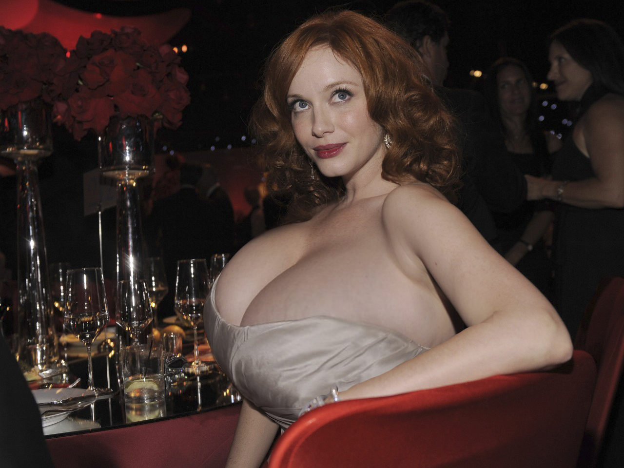 ChristinaHendricks1 - badmojo