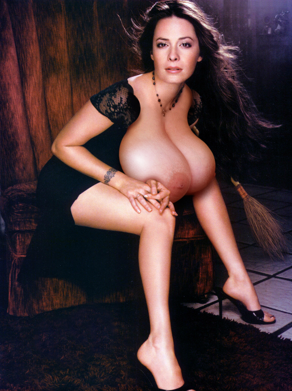 Holly-Marie-Combs-gz