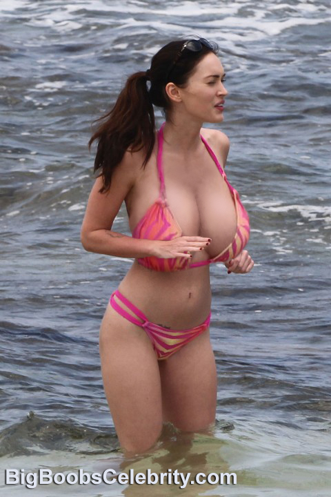 Megan-Fox-Latest-Bikini-beach