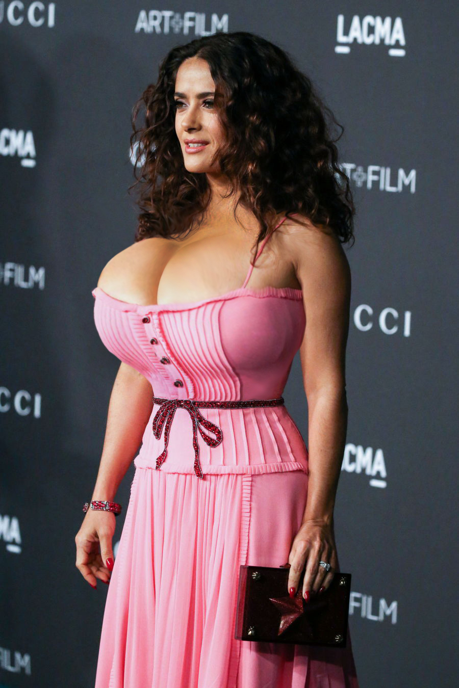 Salma Hayek arrives at the LACMA 2015 Art + Film Gala
