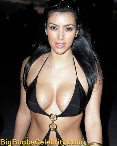 kim_k_bikini_may_miami_small