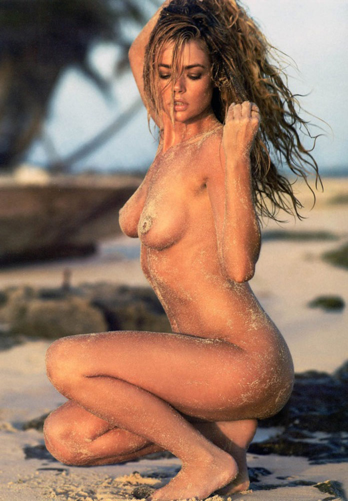 Denise_Richards-naked-big-boobs-morph-6