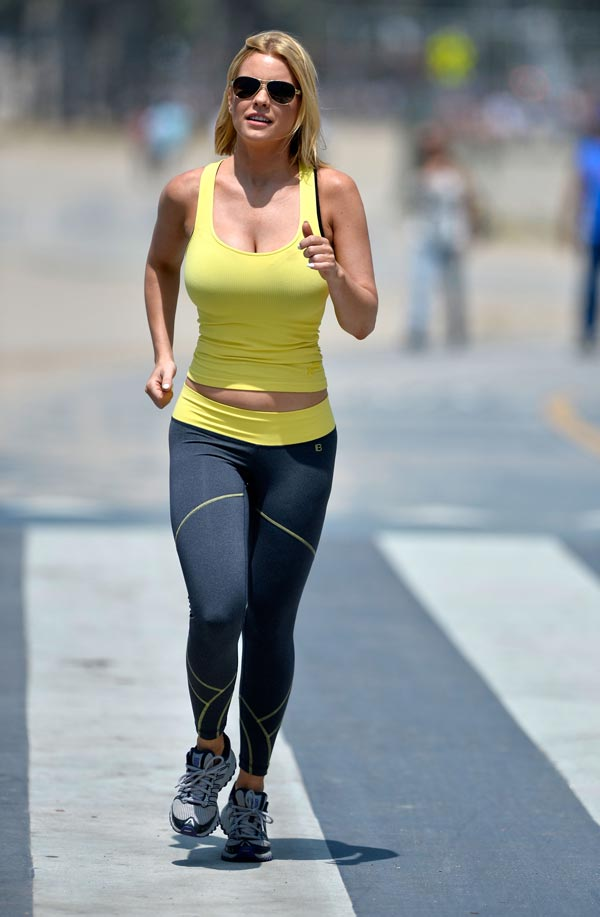 Carrie-Keagans-working-out-1