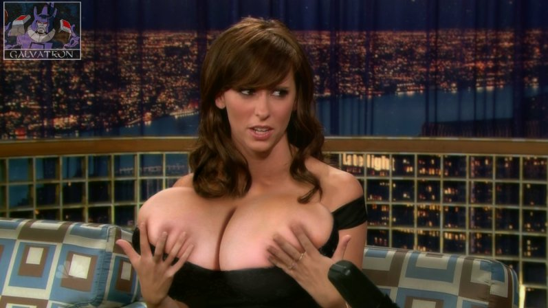 jennifer- love-hewitt-22