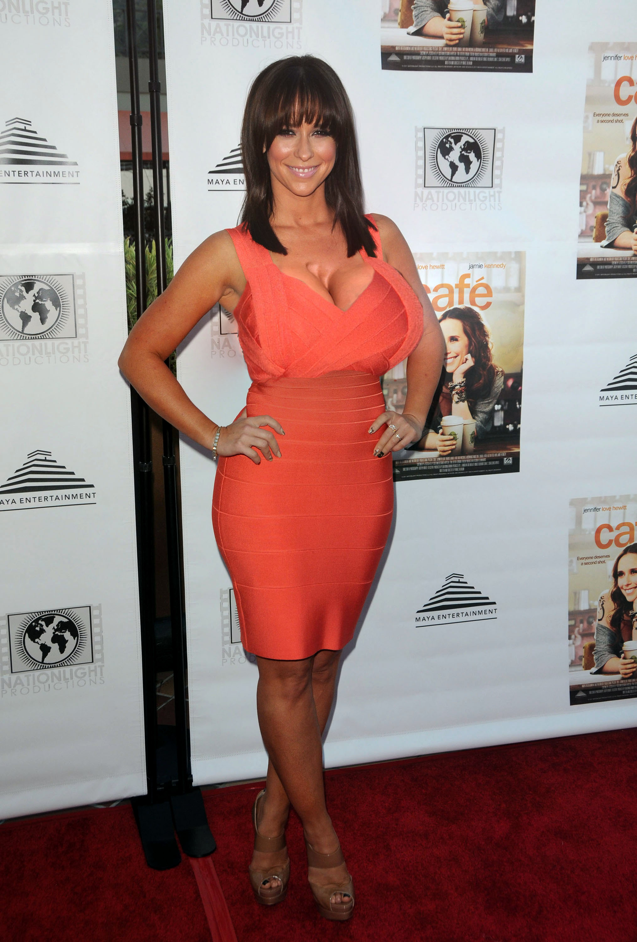 jennifer- love-hewitt-7